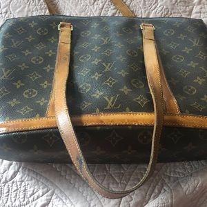 Louis Vuitton Bags - Louis Vuitton tote (it's real)